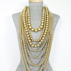 Jewelry - Layered Pearl Necklace Set